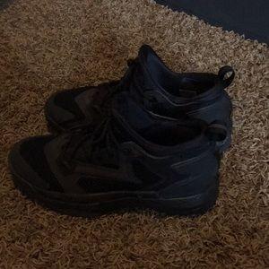 Shoes - Damian Lillard basketball shoes